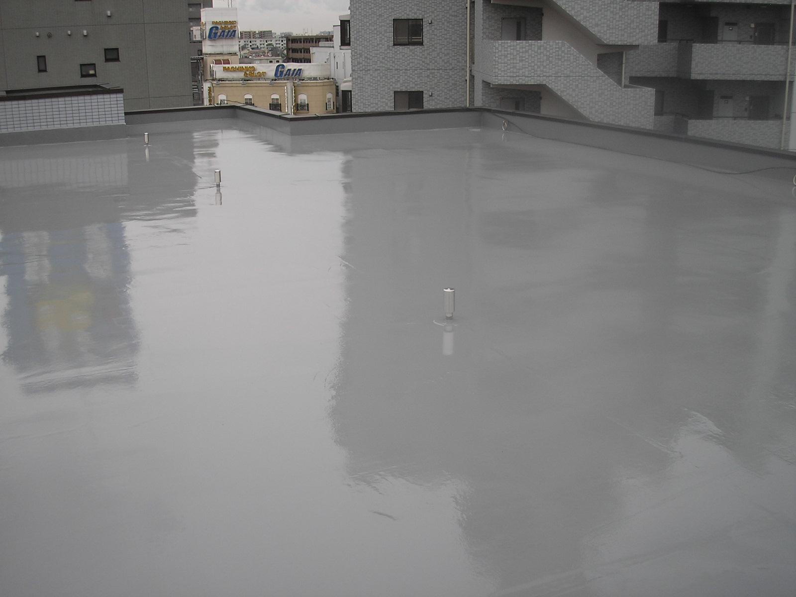ウレタン防水通気緩衝工法です。